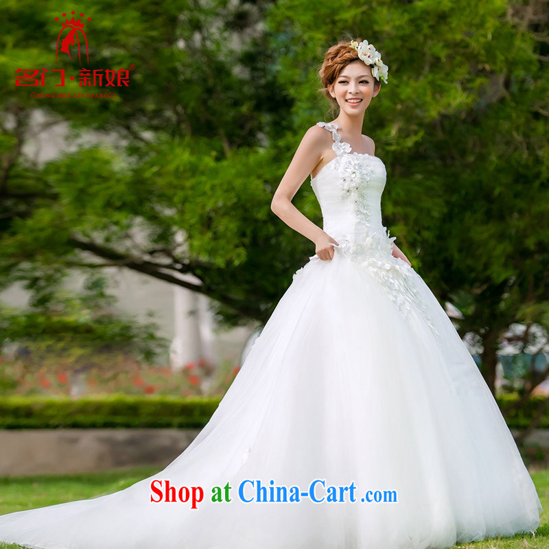 The bride's wedding dresses the shoulder wedding Korean version with Princess wedding crowsfoot small tail wedding 935 L