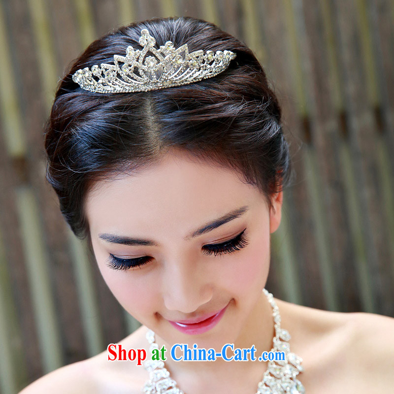 The bride bridal headdress bridal accessories bridal jewelry and ornaments marriage Crowne Plaza 115