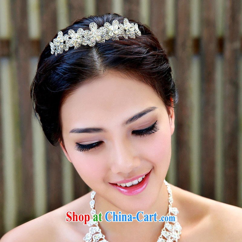 The bride bridal headdress bridal accessories bridal jewelry and ornaments marriage Crowne Plaza 116