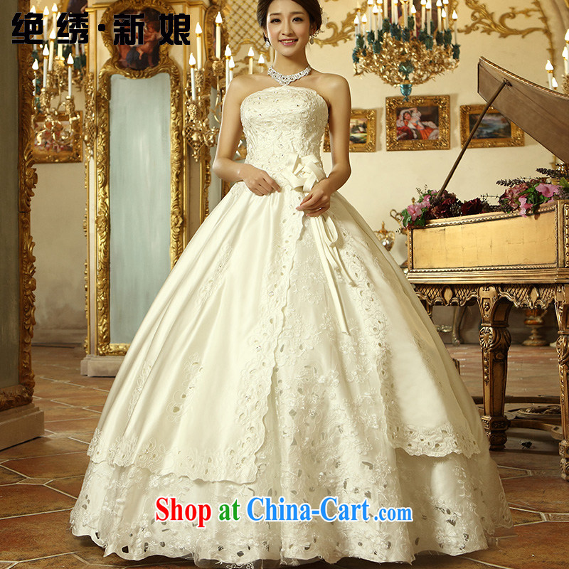 There is embroidery bridal 2015 new Korean version Princess lace white exclusive fashion hot hole alignment to erase chest wedding White made
