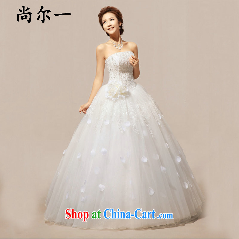 There is a Korean Korean style sweet flowers marriages wedding dresses XS 5233 m White XXL