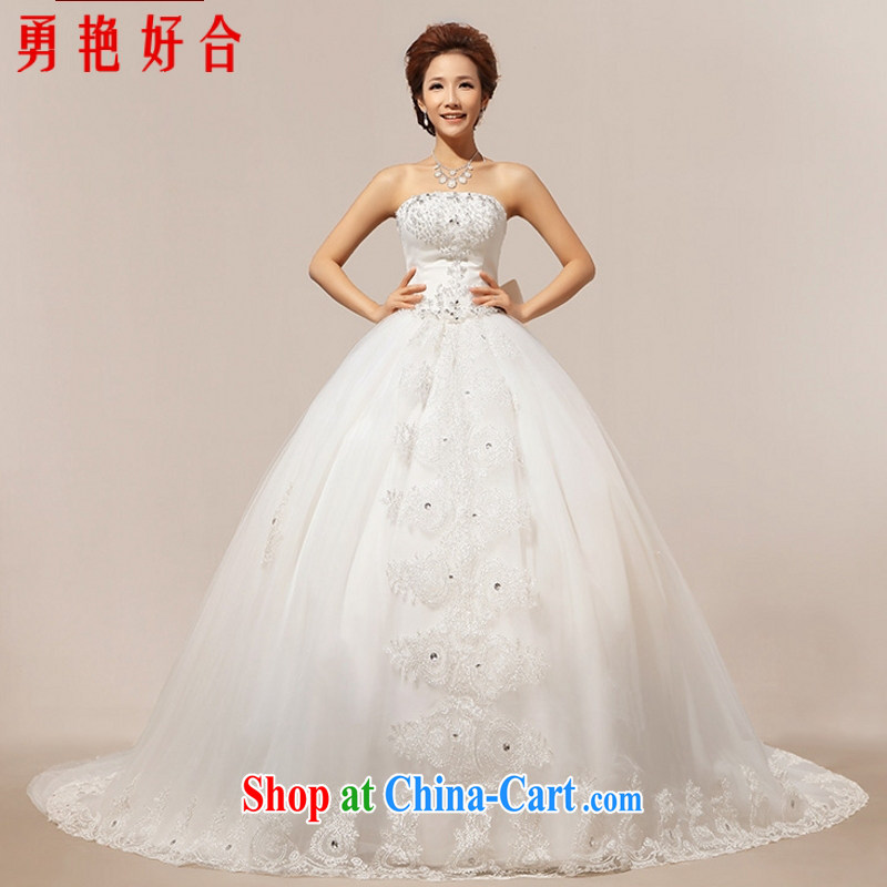 In accordance with the preceding yarn new 2015 bridal wedding dresses white Korean long-tail wiped his chest large terrace is tied back with luxurious lace white. size will not be returned.