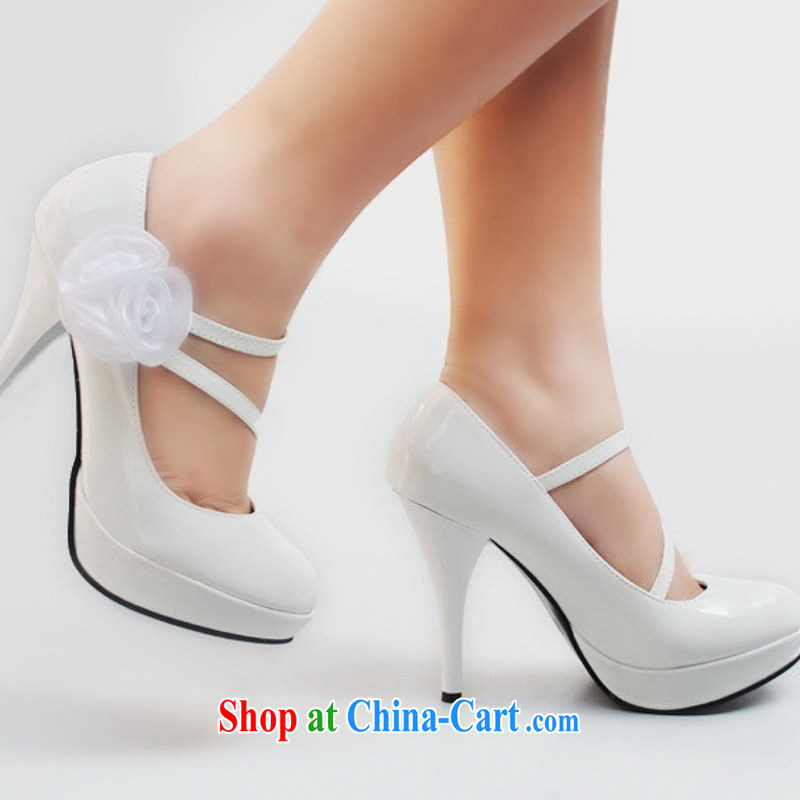 New Princess wedding shoes 230 have raised water red dress shoes varnished leather wedding shoes white 9