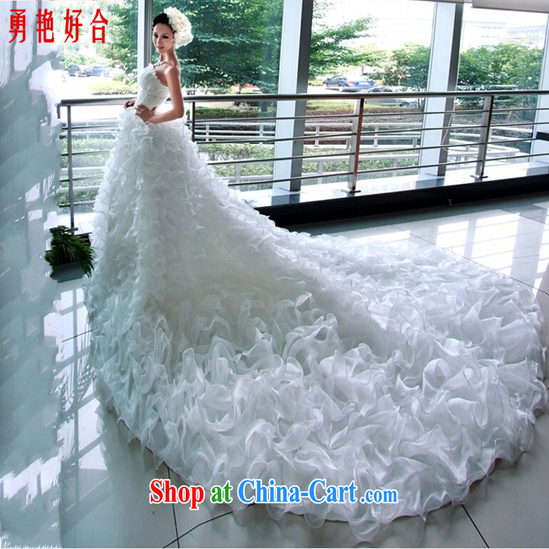 According to the Uganda bridal wedding dresses spring Korean tail lace bare chest new 2015 maximum code pregnant women custom white XXL