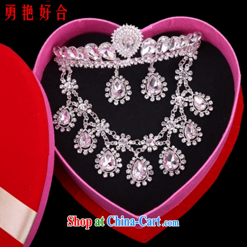 Yong-yan and 2015 new jewelry female Crown necklace earrings A 19 white
