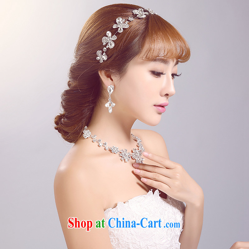 Ferrara 2015 new bride's head-dress necklace Ear Ornaments Kit white-flowers bridal Crown wedding accessories accessories white-head-dress and ornaments