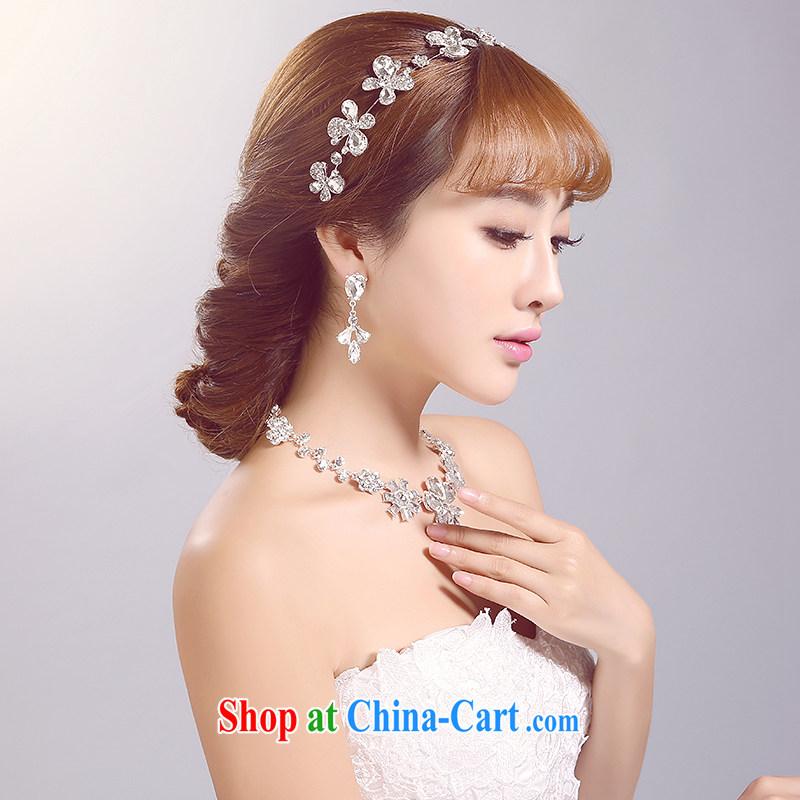 Ferrara 2015 new bride's head-dress necklace Ear Ornaments Kit white-flowers bridal Crown wedding accessories accessories white-head-dress and ornaments