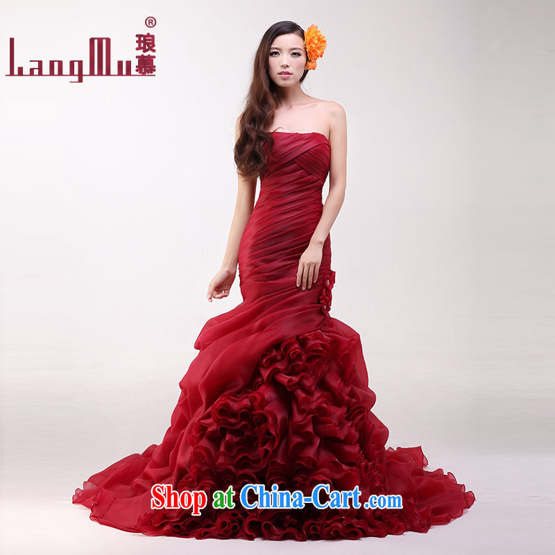 In Luang Prabang in 2015 the new bride's bare chest wedding tie-down Tail-waist graphics thin crowsfoot wedding custom wine red advanced customization