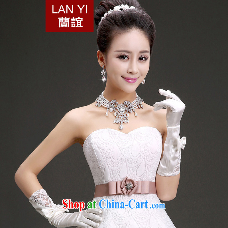(Quakers, bride wedding dresses accessories bridal headdress Crown necklace earrings 3-Piece Korean water drilling bridal jewelry 2015 3 piece set